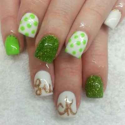Lucky Manicure